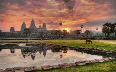 Cambodia_angkor-wat_at_sunset