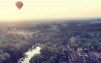 Hot air Balloon over Angkor wat