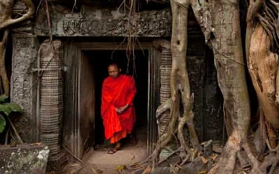 Monks in Angkor wat
